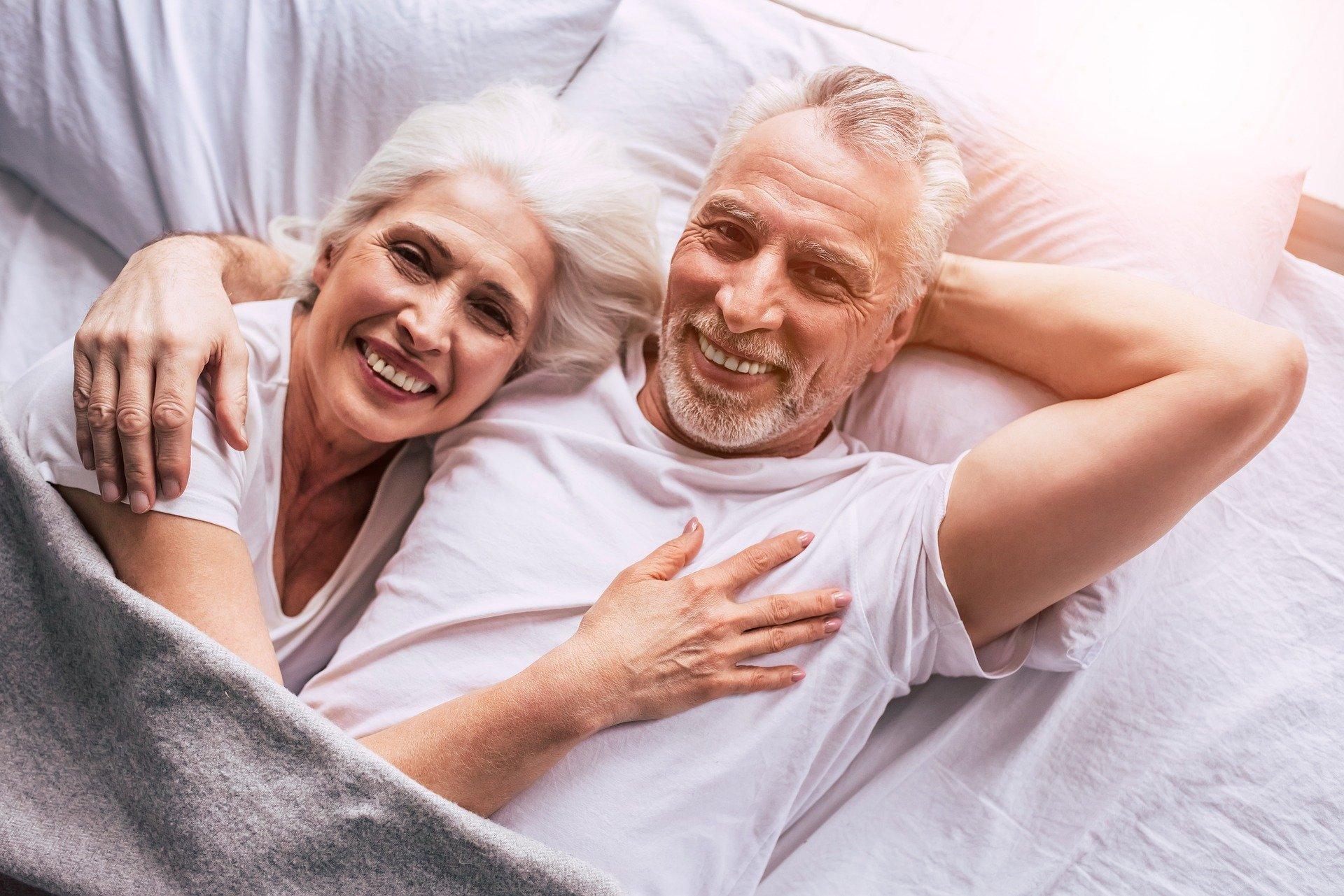 Quelle serait la meilleure literie pour les personnes âgées